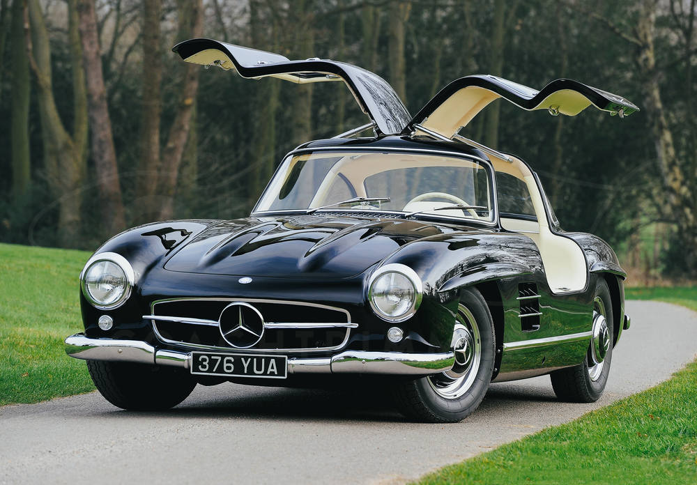 o-rourke-coachtrimmers-mercedes-gullwing-300-sl-5.jpg
