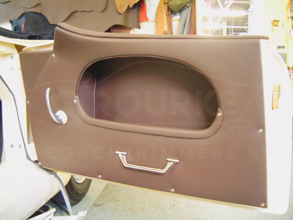 o-rourke-coachtrimmers-porsche-356-america-4.jpg