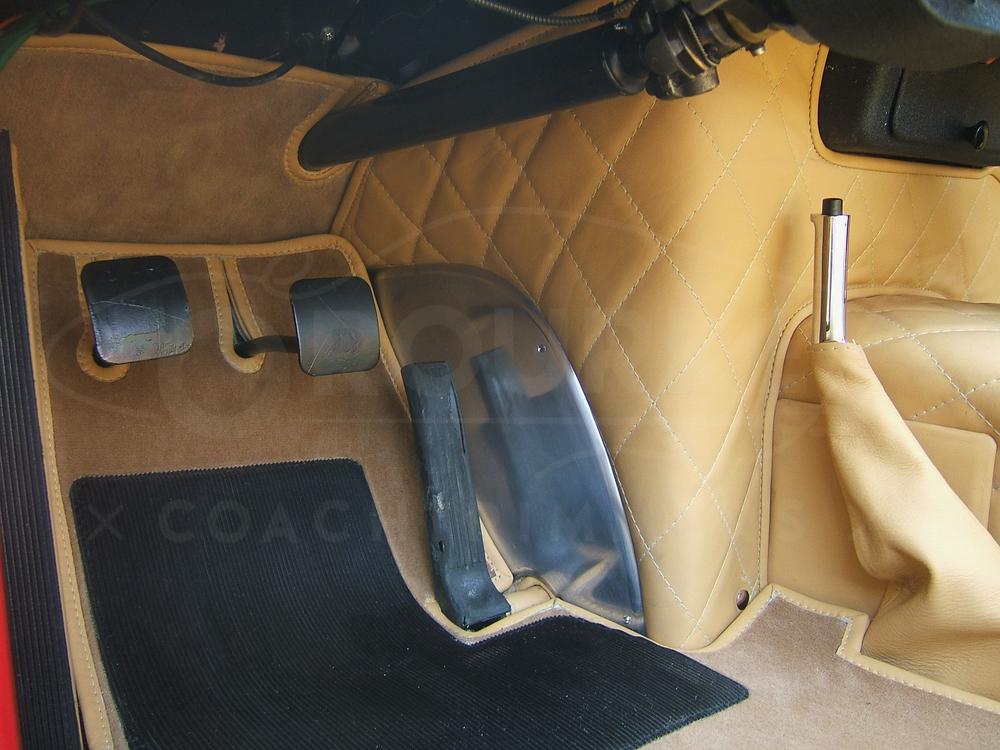 o-rourke-coachtrimmers-ferrari-250-gto-4.jpg