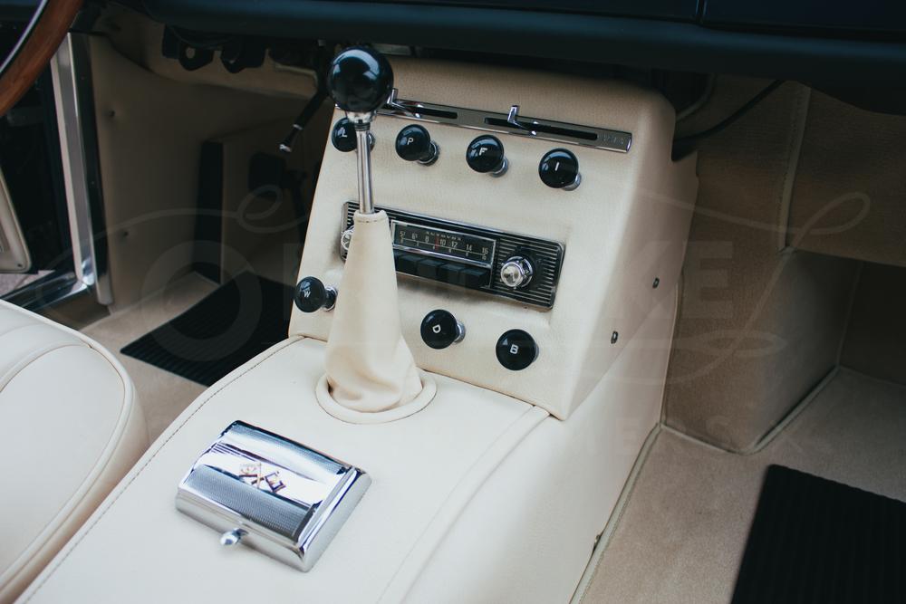 o-rourke-coachtrimmers-ferrari-250-gte-7.jpg