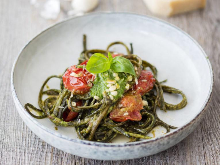 Photo: sharonpalmer.com  こちらはひじきっぽい味をした、タリアテッレ風に食べるI sea pasta