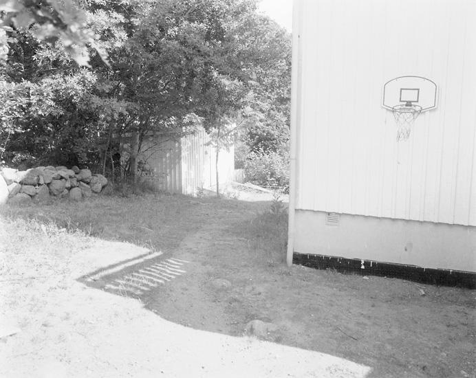 047basketballhoop.jpg