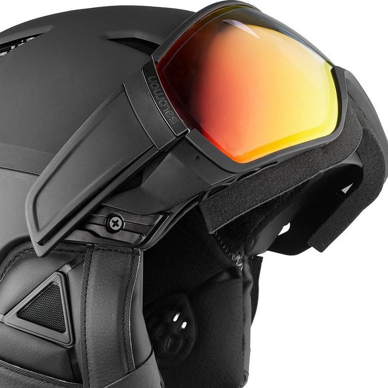 helmet-driver-photo__L40533900_6.jpg