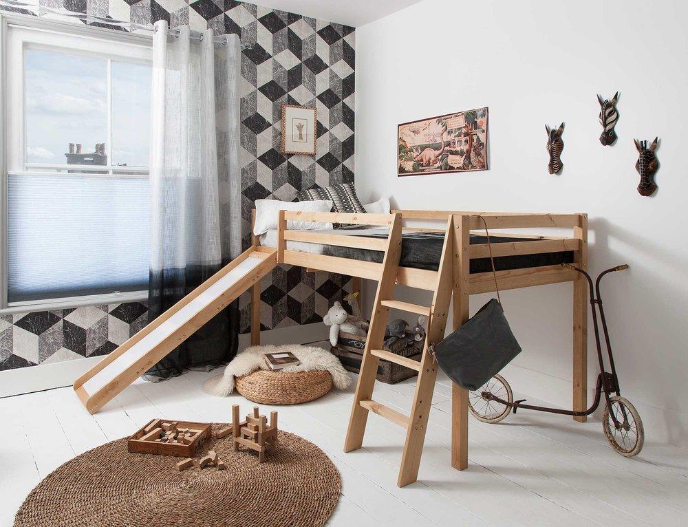 Moro-Cabin-Bed-Slide-A.jpg