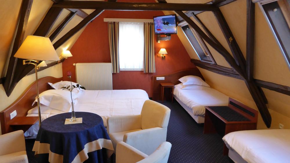 Vierbettzimmer (für 4 Personen) mehr ...