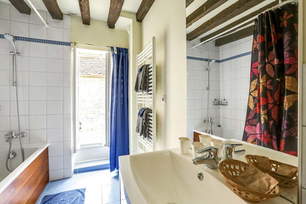 Gîte Dellile - Une salle de bains