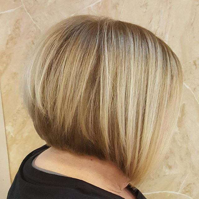 Beautiful blonde Bob! Style and color by me!#belmar#goldwell #haircuts #bobs