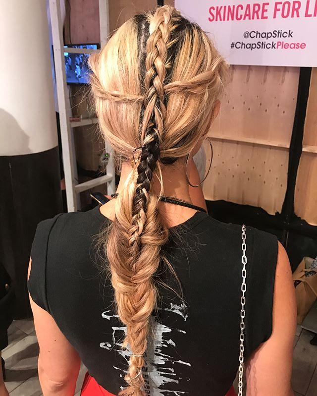 #nyfw #livari #braids #wire #ponytails @makeupbymichele @nymbrands @rickys_nyc @livariclothing @janetcollection