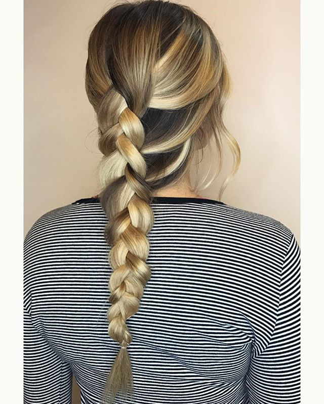 Simplicity 😌 #comeseeme @stylingco #belmarsalon #belmar #belmarnj #stylingco #njhairstylist #njhairsalon #njhair #braids #weddinghair #blondebalayage