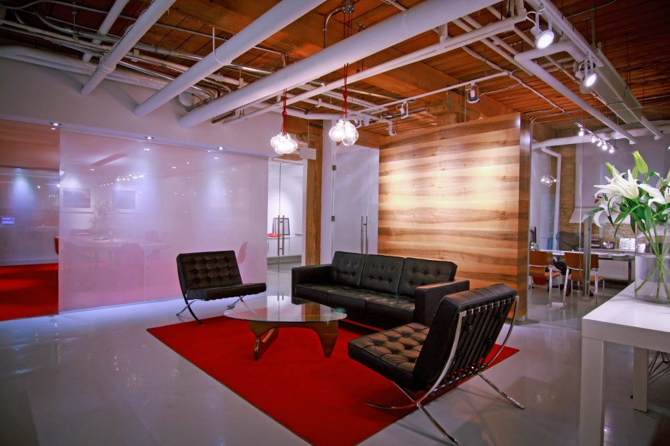 11-Holiday_Films-Office_Renovation-Photographer-Emily-Nieves-940x626.jpg
