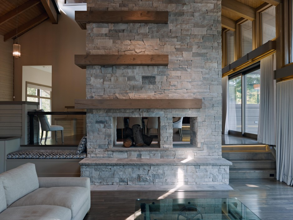 Westshore-House-by-Altius-Architects-03-940x705.jpg