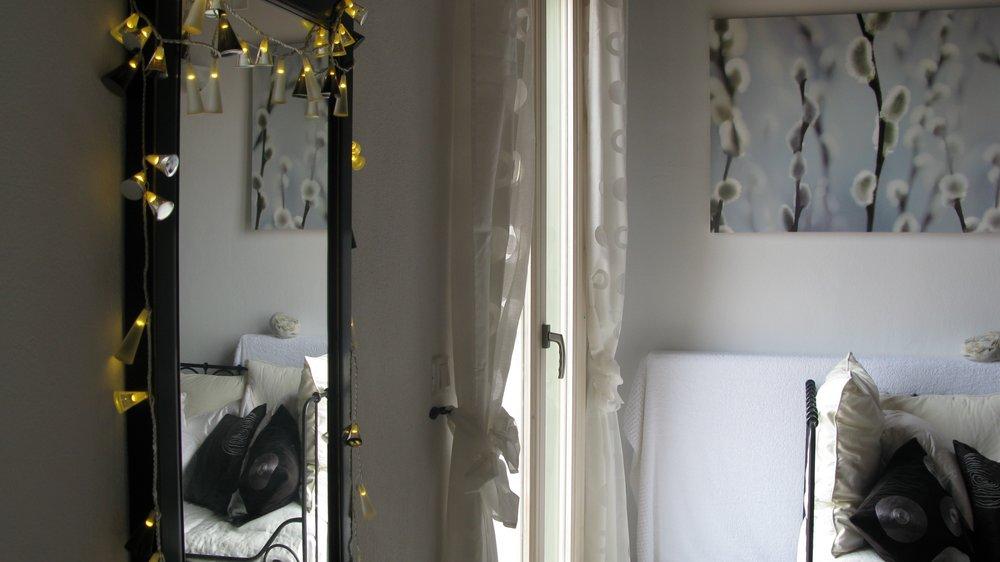 17. Deluxe Master Bedroom.jpg