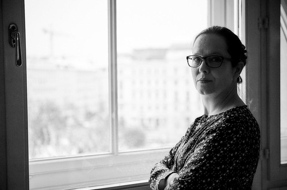 Dr. Therese Garstenauer
