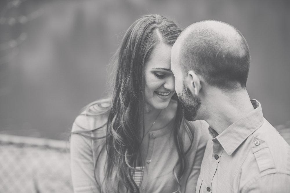 Pittsburgh Wedding Photographer | Engagement Photographer | North Park Pittsburgh Pa 3