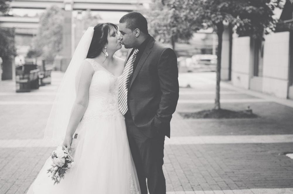Pittsburgh Wedding Photographers | Modern Wedding Photography | Pittsburgh, PA | Natalya and Sam 35