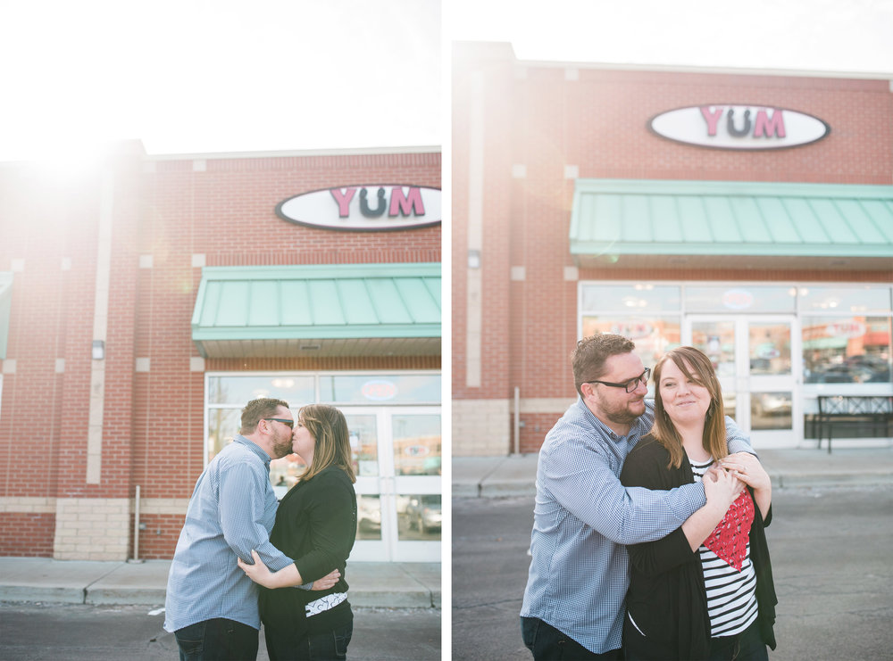 pittsburgh frozen yogurt engagement session.jpg