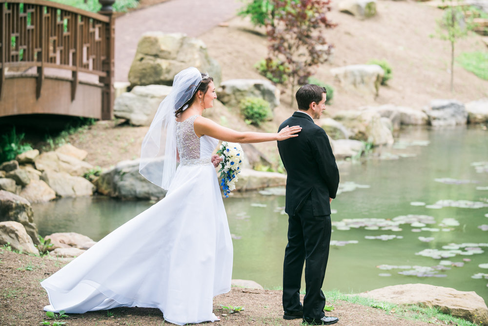 first-look-kristen-joel-wedding