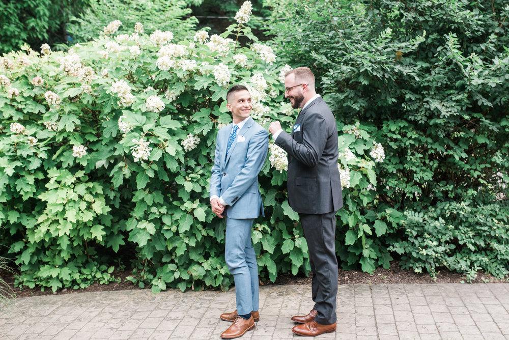 first-look-tim-joey-wedding