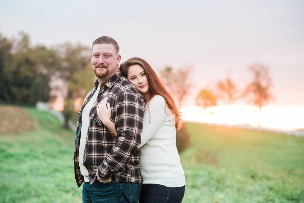 Pittsburgh wedding photographers engagement session round hill park