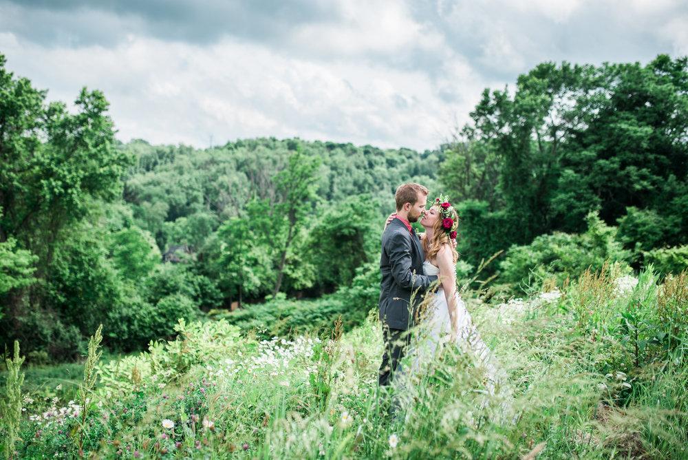 Pittsburgh wedding photographer nature wedding