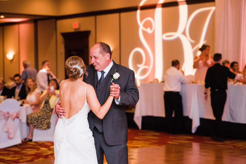 pittsburgh wedding photographer, pittsburgh marriott north