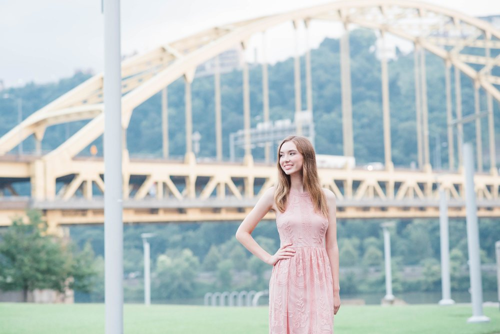 mellon park senior portrait photographer