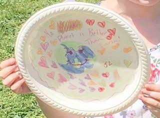 Plate coloring.jpg