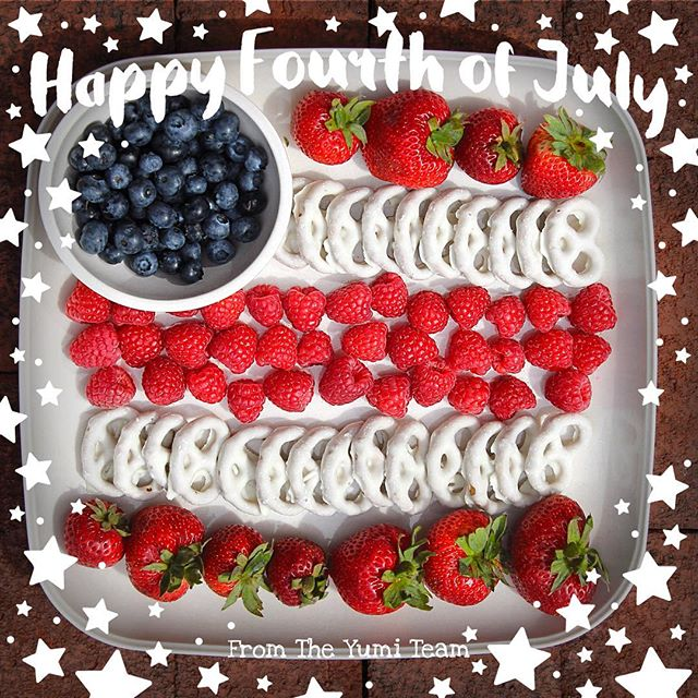Hope everyone is enjoying their Independence Day celebrations! Yumi products are perfect for your picnics or barbecues today and all summer long! 🎇 * * * * * #YumiEcoSolutions #summer #summersun #PlantsNotPlastic  #Return #Nature+ #thethrowawaythatgoesaway #compostable #biodegradable #thereisnoplanetb #picnic #bbqweather #independenceday #4thofjuly #cleanliving #greenliving #ecolifestyle #ecofriendly