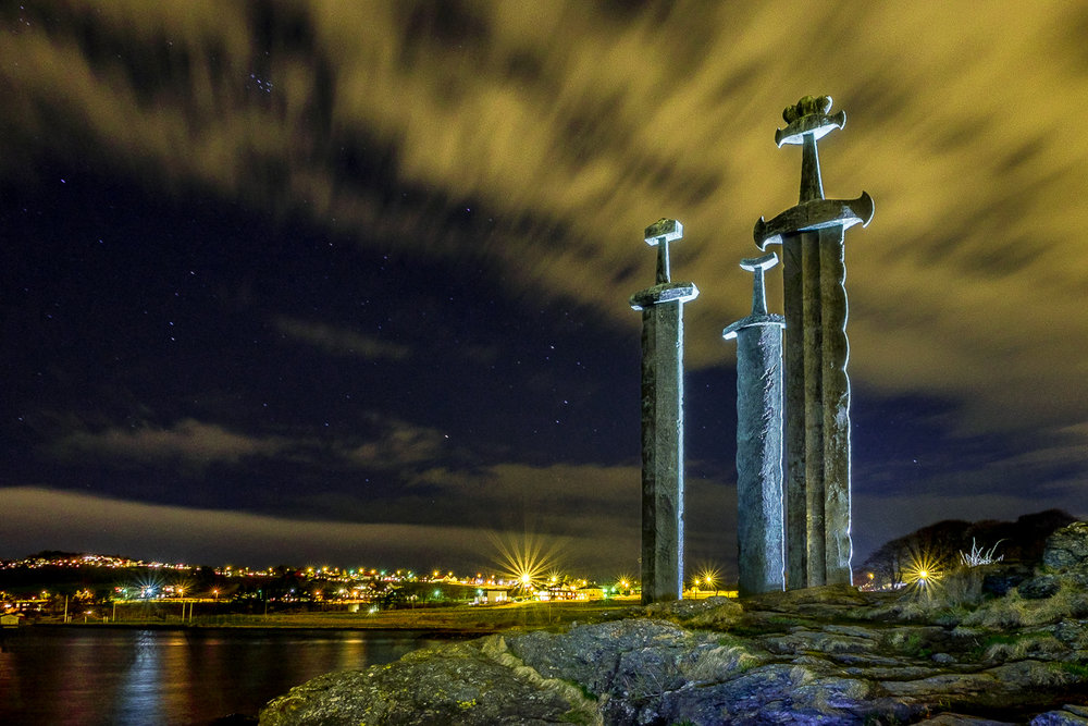 Sverd I Fjell  ©Brian Tallman Photography March 19, 2017 _DSF53844896 x 3264.jpg
