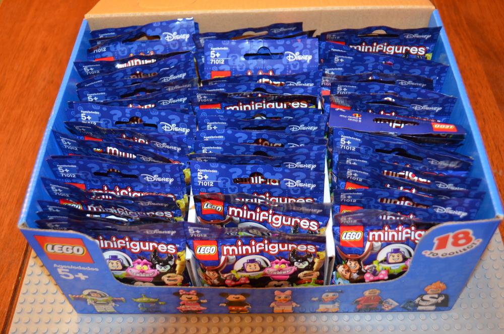 Lego-Minifigures-Disney-Box-Contents.jpeg