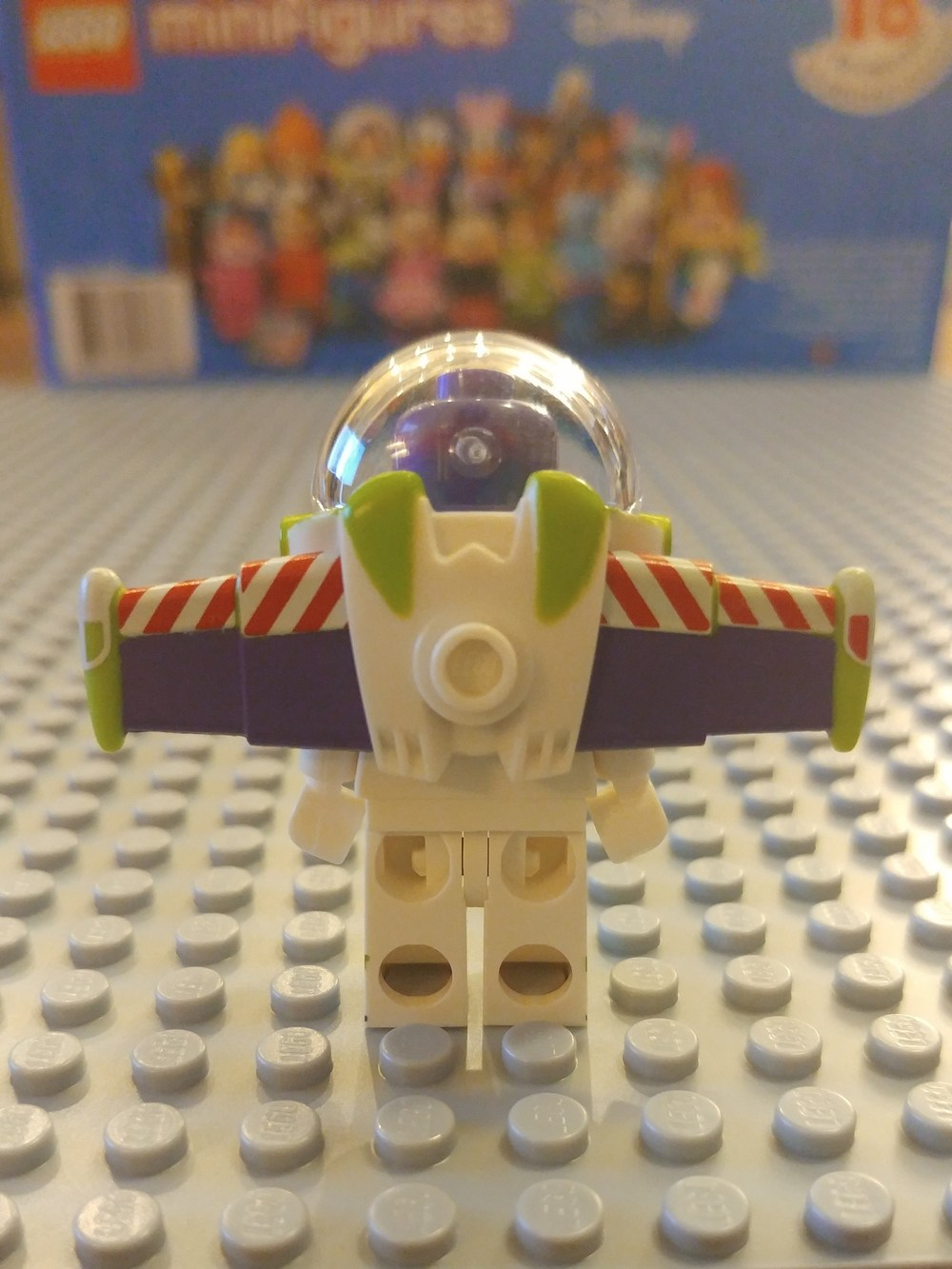 Buzz Lightyear Minifig Close Up - Back