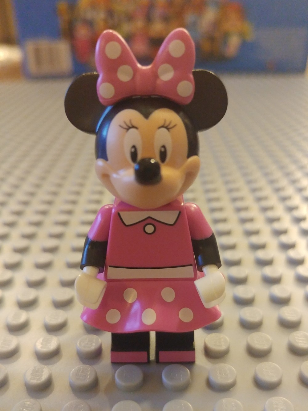Mini Mouse Minifig Close Up - Front