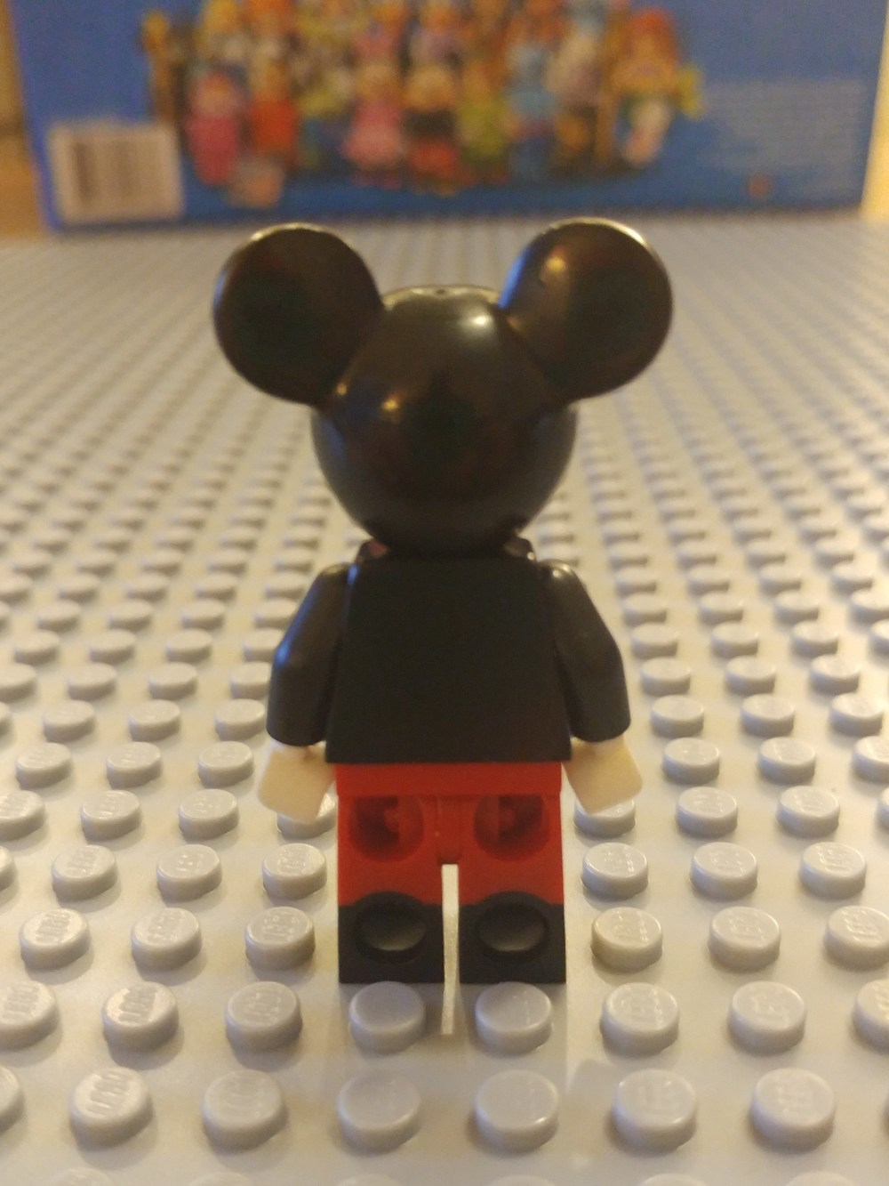 Mickey Mouse Minifig Close Up - Back