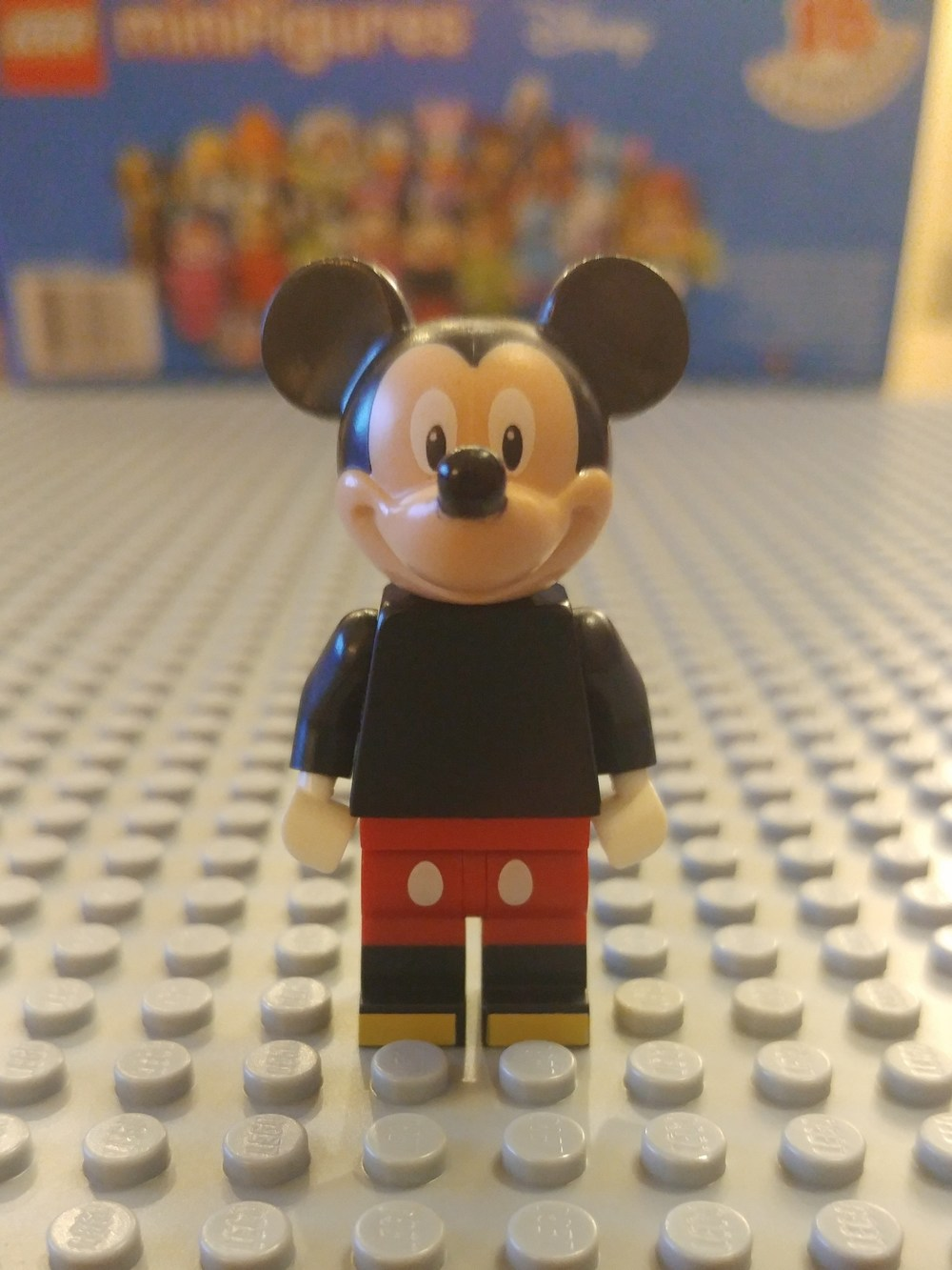 Mickey Mouse Minifig Close Up - Front