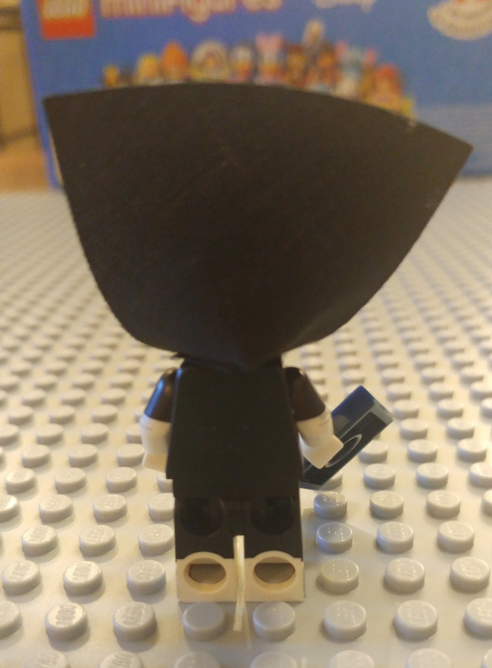 Syndrome Minifig Close Up -  Back 1