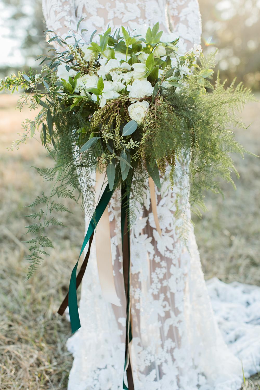 greenery-inspired-bridal-editorial-45.jpg