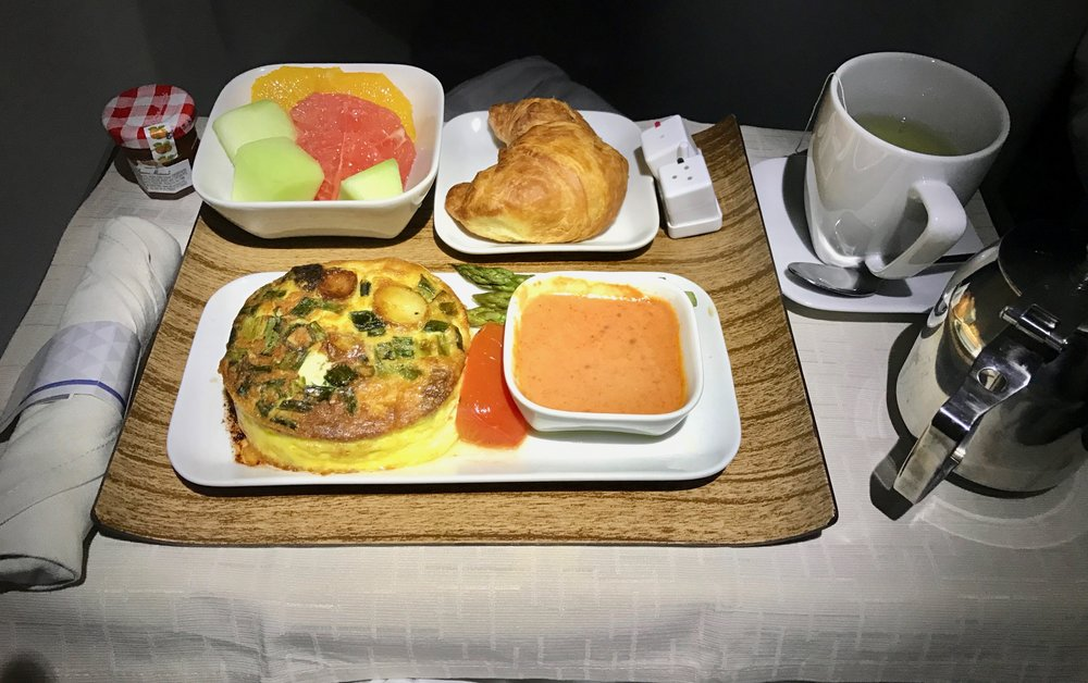 Delta One Business Class 757 - 24.jpg