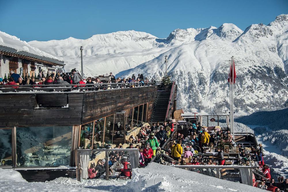 elparadiso-terrasse-fullhouse.jpg