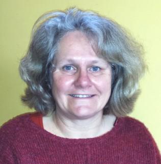 Ruth Noyes,  Lisle Combe