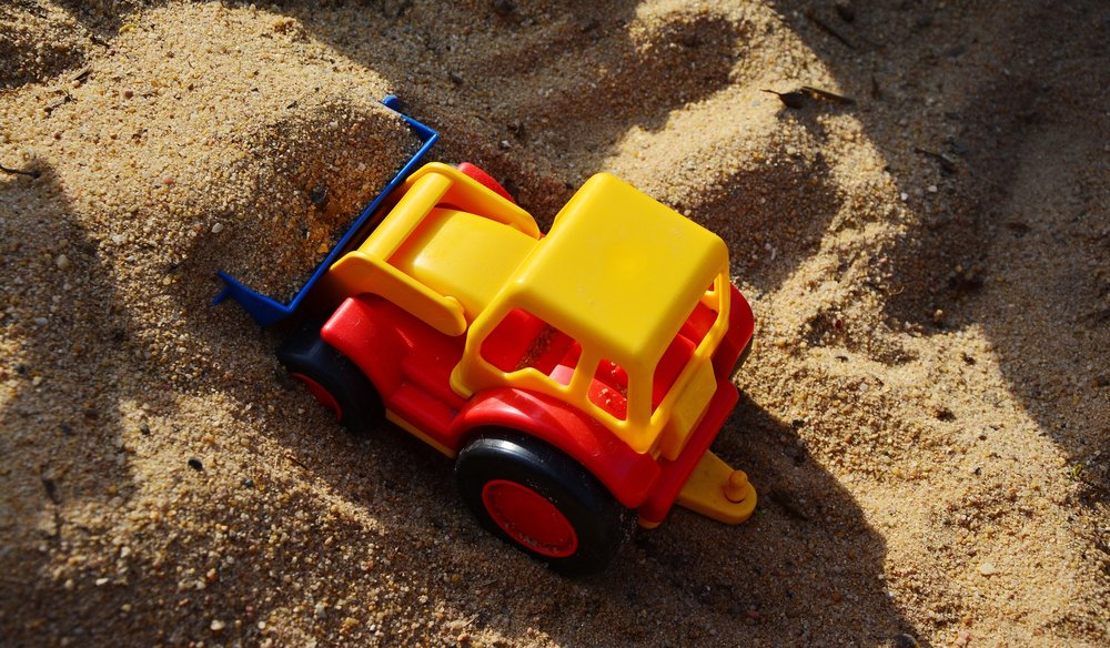 sand-pit-2148720_1920.jpg