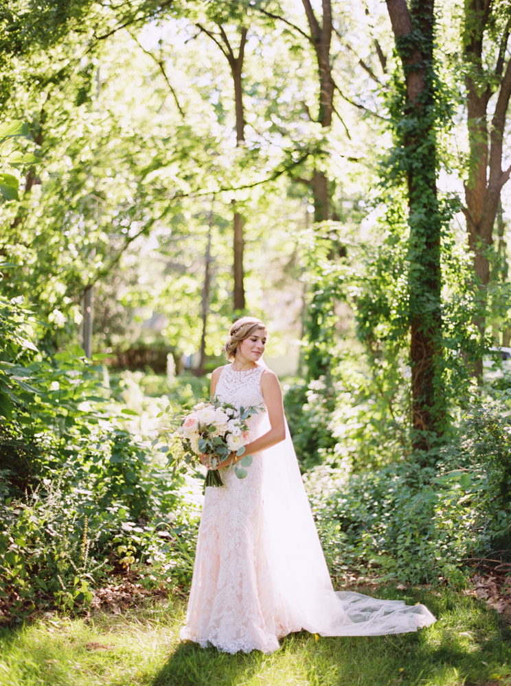 Natural bridal portraits