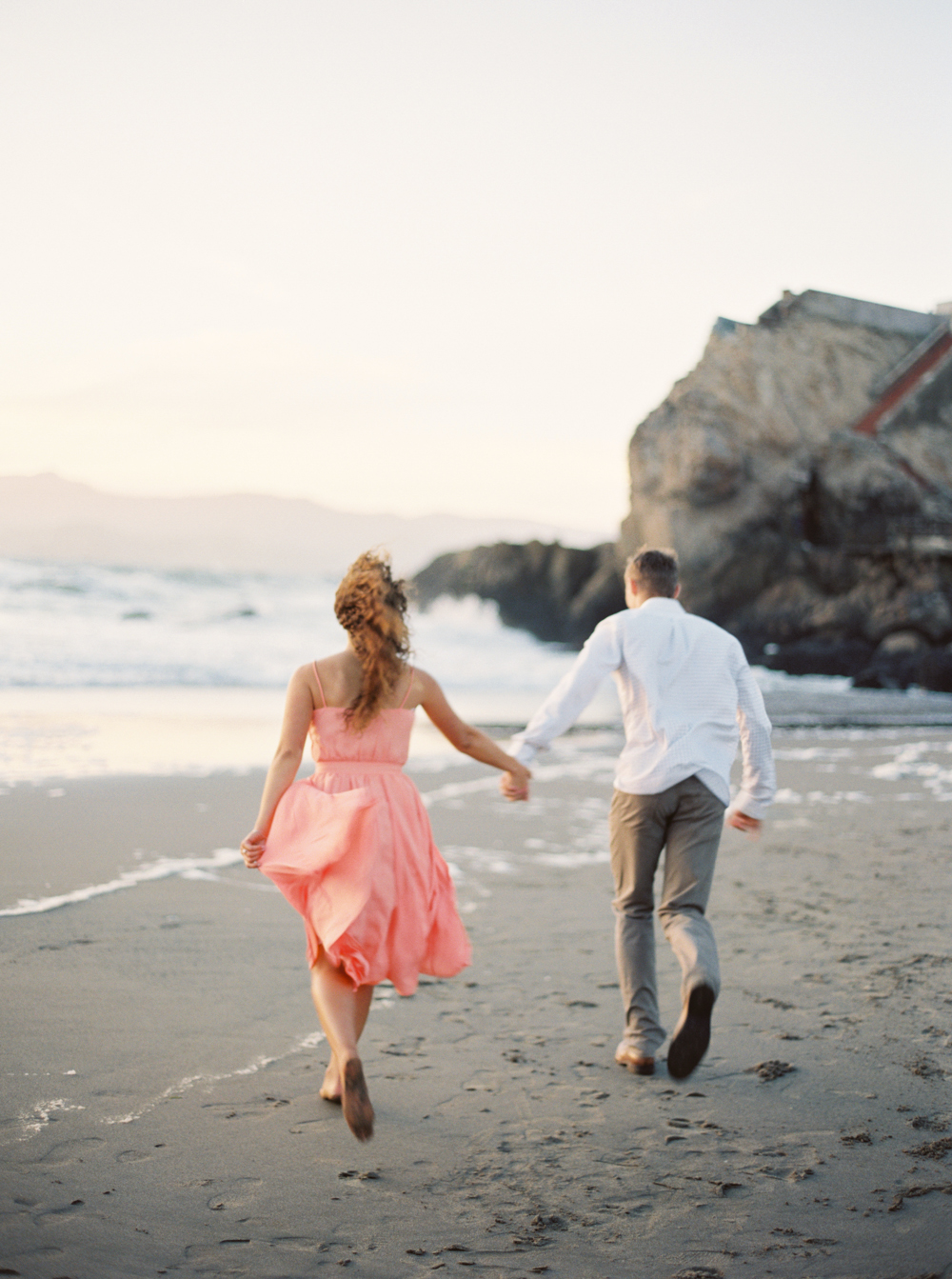 JESSY & JAMES: OCEANSIDE ENGAGEMENT