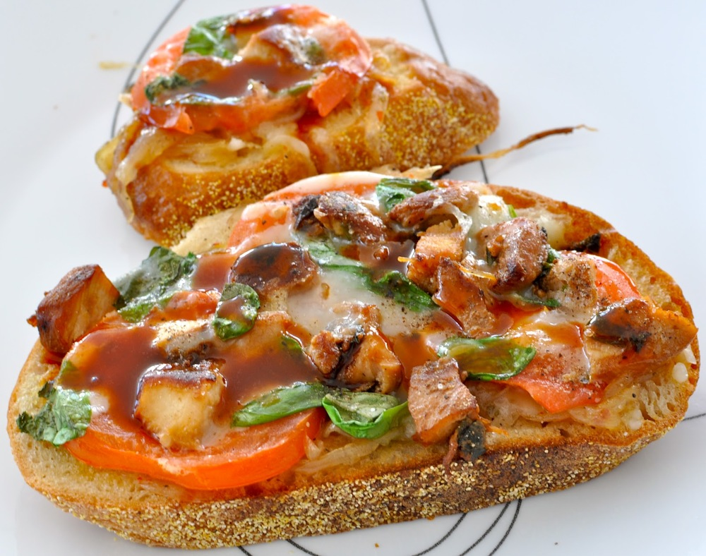 Open faced sandwiches with onion jam and chicken