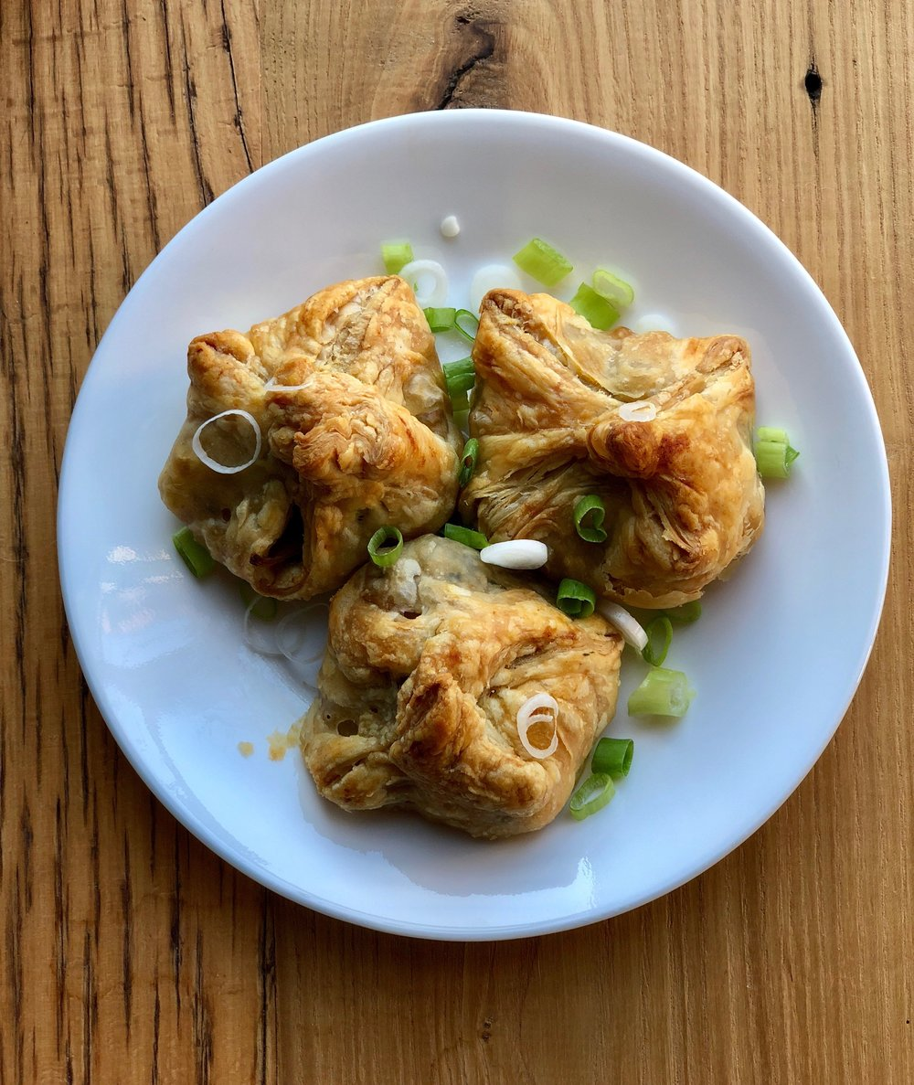 Puff pastry wontons