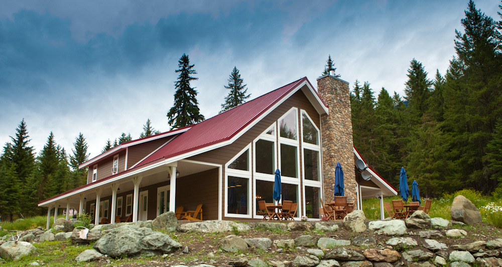Lodge Exterior 4.jpg