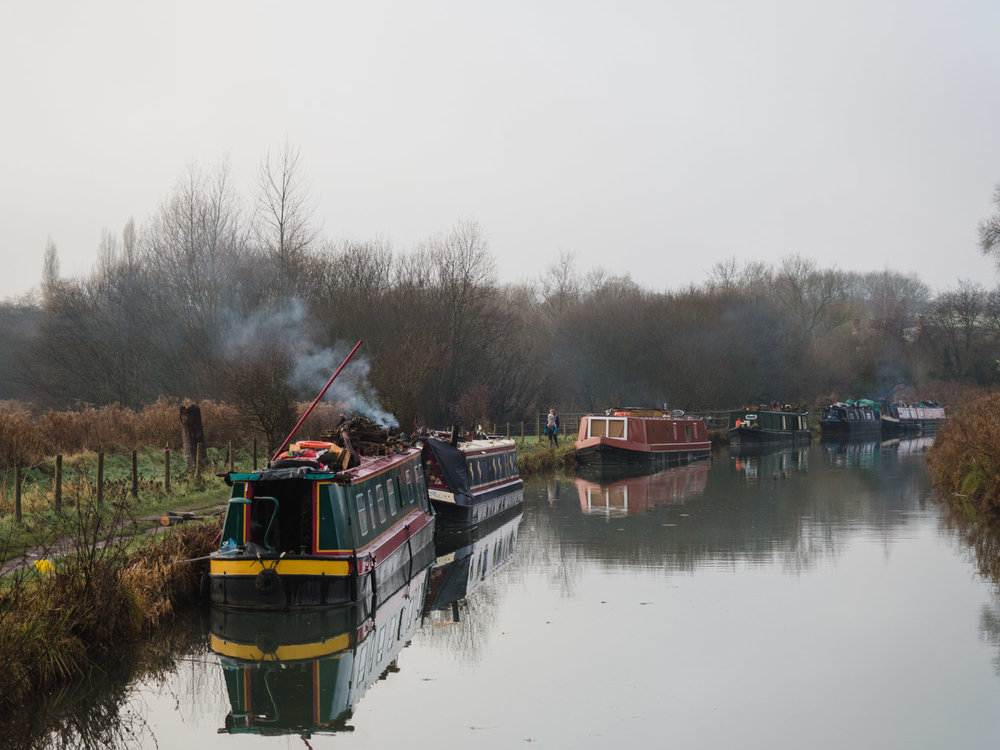 Afternoon shot of some barges on the Kennet and Avon canal in Hungerford.