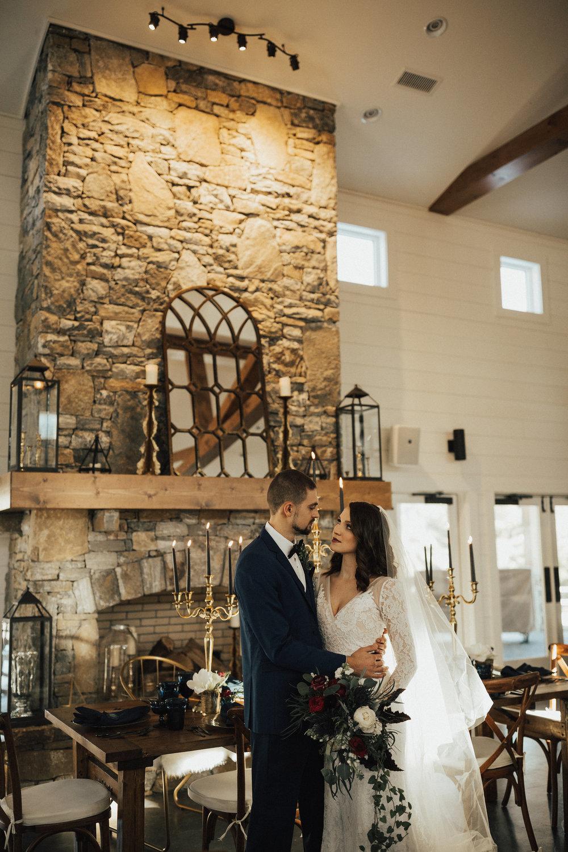 Joy-Unscripted-Wedding-Styled-Shoot-Celestial-Winter-38.jpg