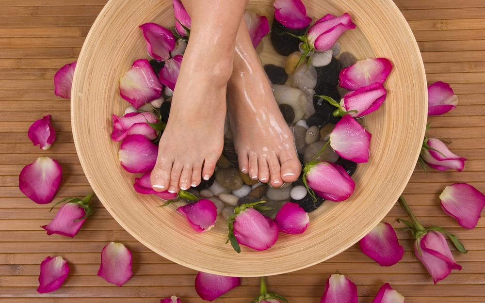 feetnails.jpg