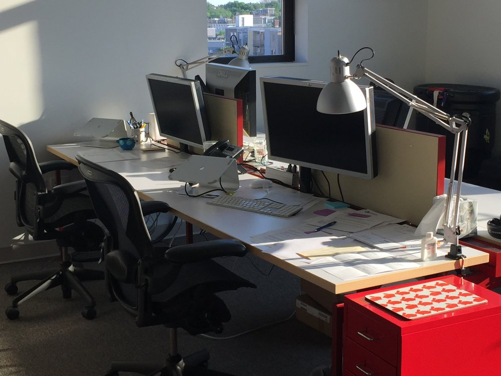 Knoll Antenna Workstation - 2 units, seats 4 people each, included partition (4 total), monitor arms (8 arms total), and desk lamps. originally $10K, selling for $5,000