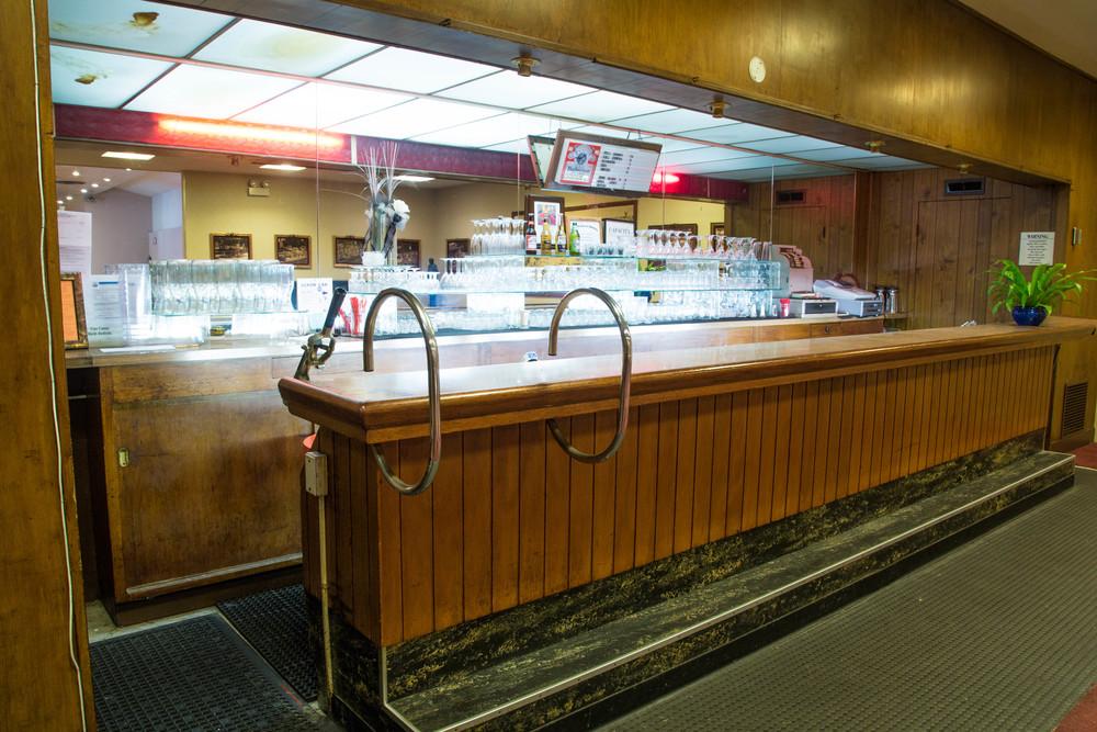 1950s Full Bar